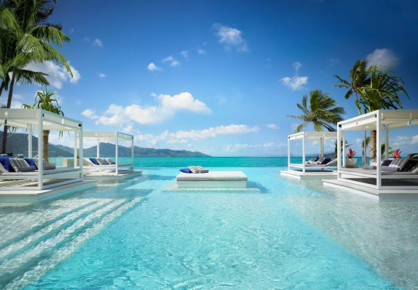 One and Only Hayman Island Aquazure pool